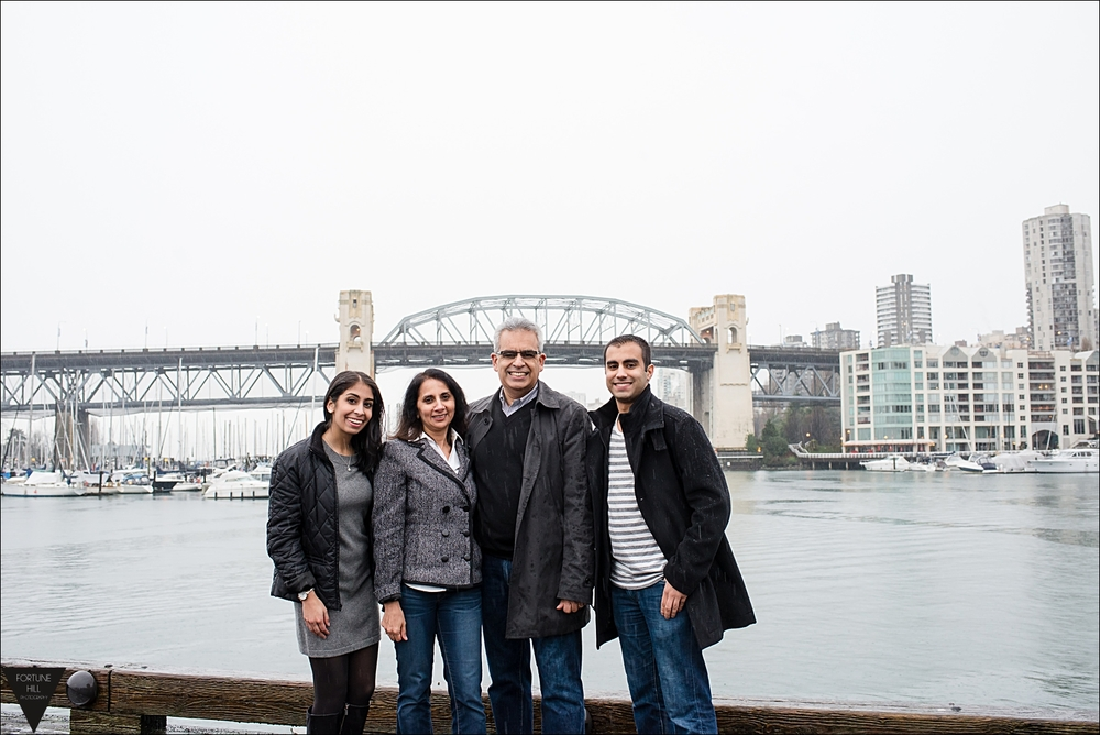 Granville Island Family Photos 0009.jpg