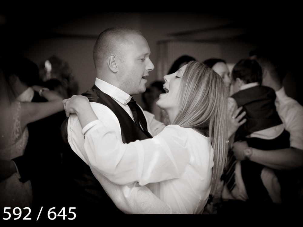 Emma & Stuart-592.jpg