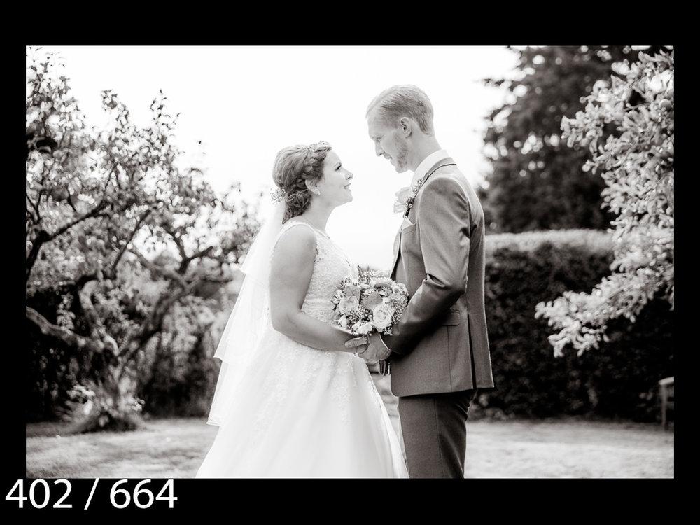 Claire&Gavin-402.jpg