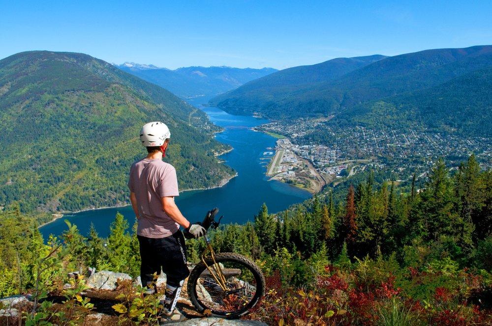 Biker overlooking lake.jpg