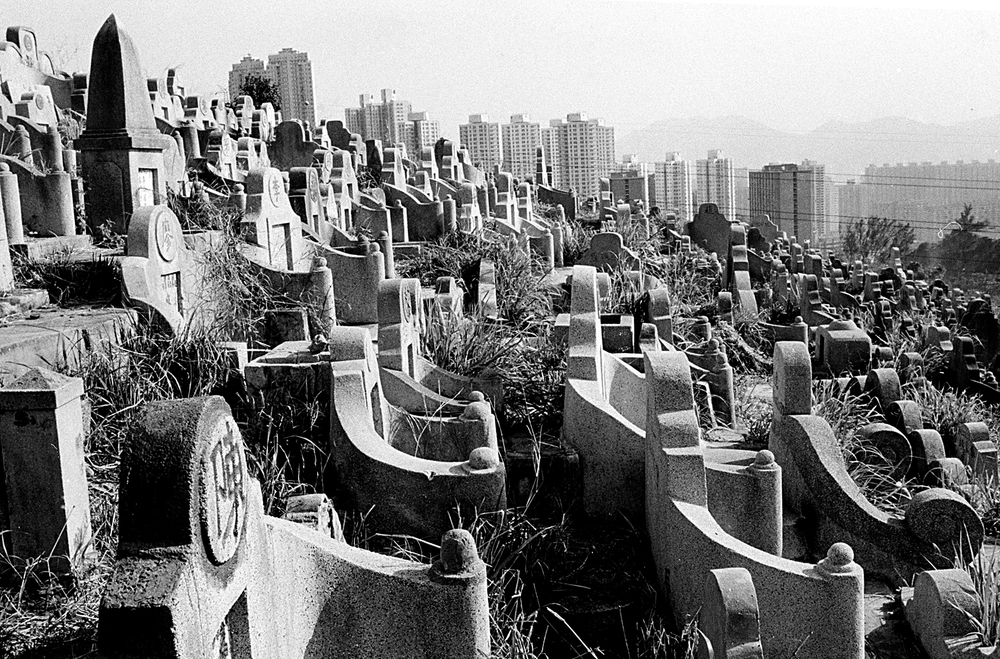 hk_cemetery_untitled_20130805.jpg