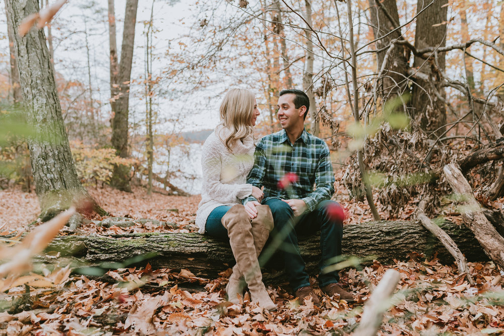 Couple-Engagement-Session-Middletown-Lincroft-New-Jersey-Thompson-Park.jpg