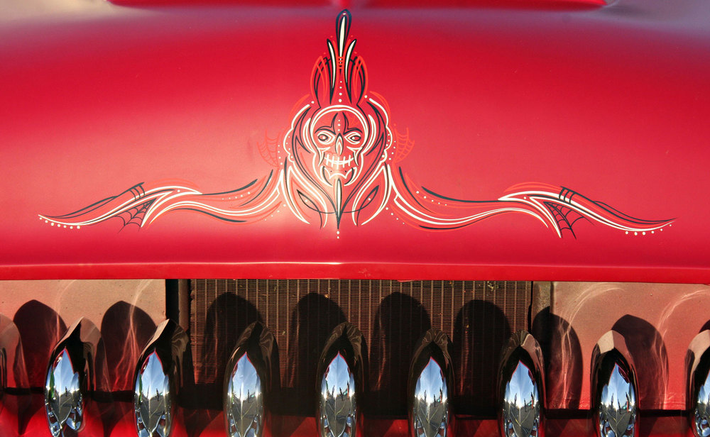 skull-in-red2.jpg
