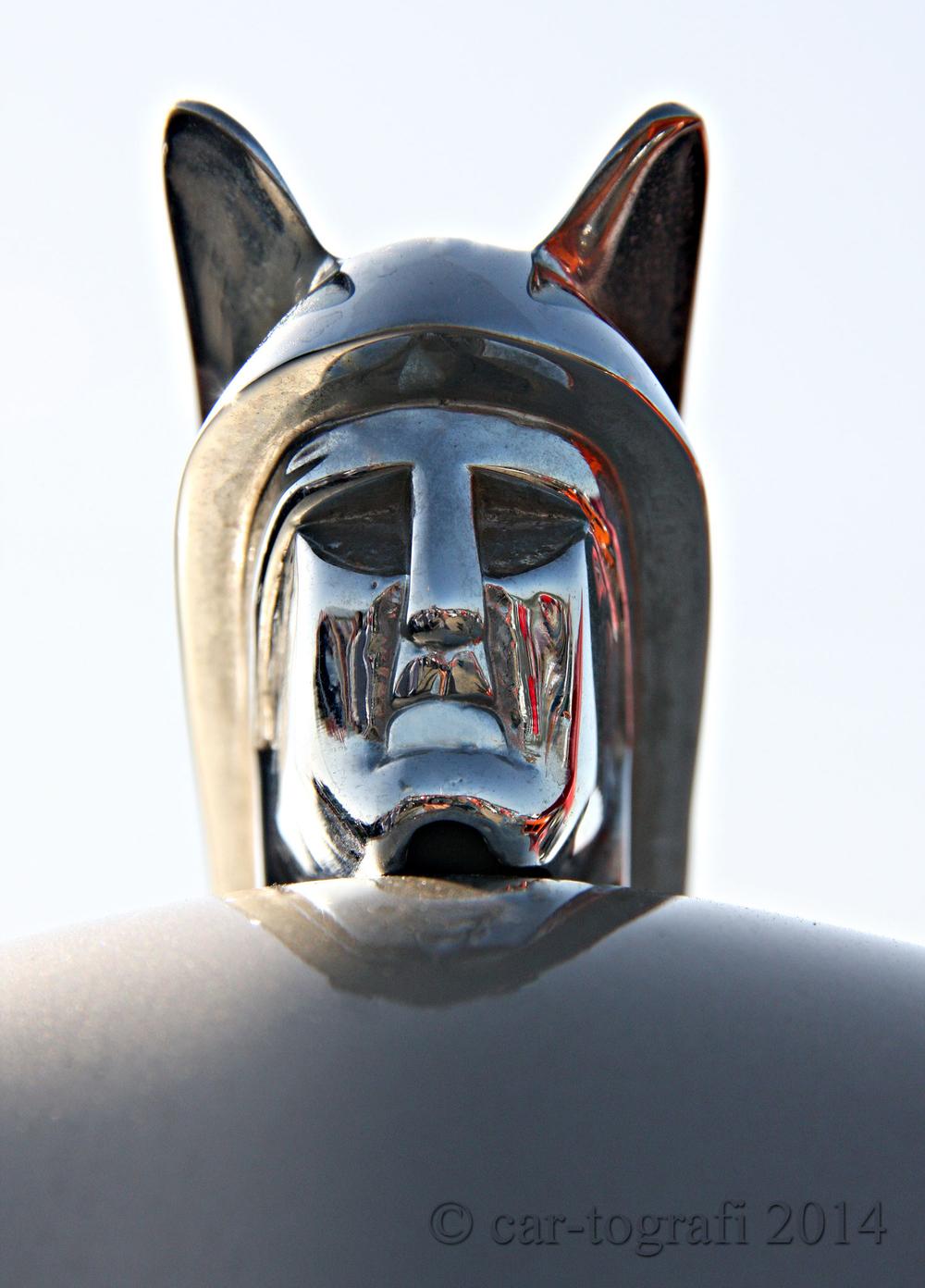 Hood Mascots-car-tografi 2014