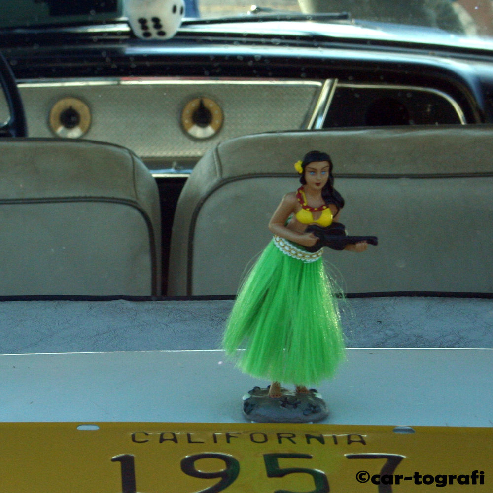 Hula Dancer car-tografi