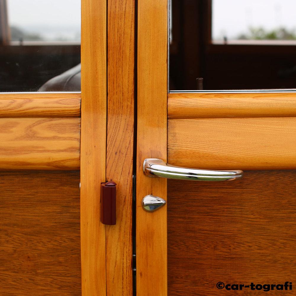 woodie-at-the-beach-panels-car-tografi-sb.jpg