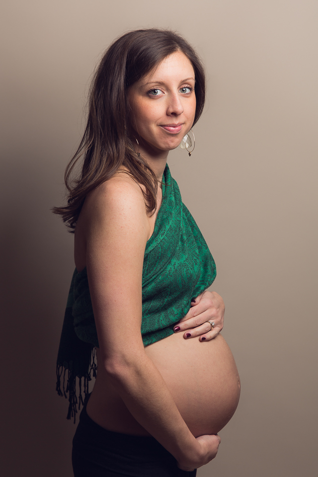 Heather blog RI maternity photographer 5.jpg