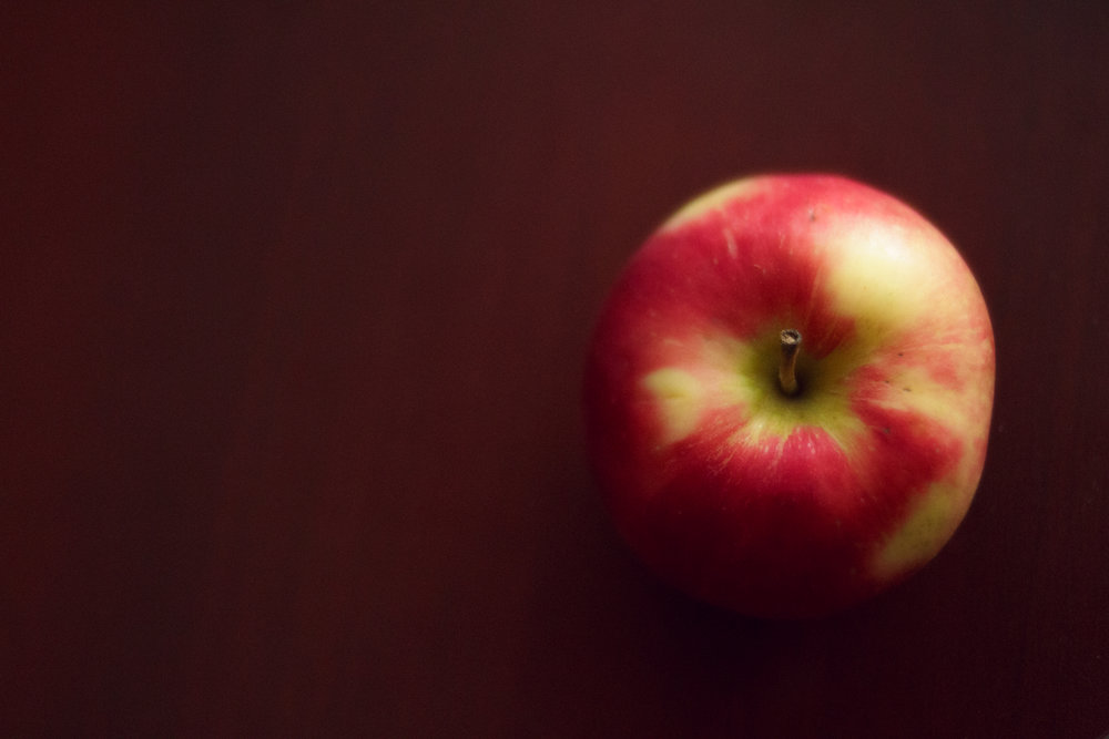 photo of apple on table in Wakefield, RI