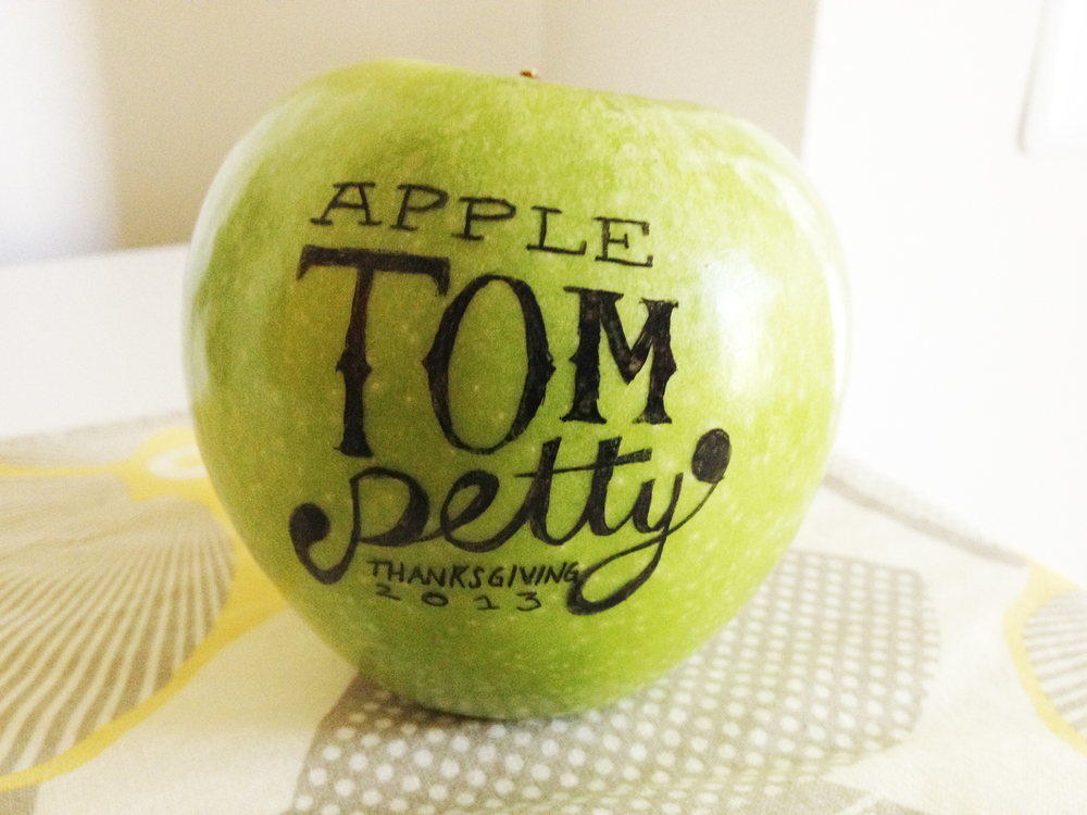 Julie Rado Design, Apple Tom Petty