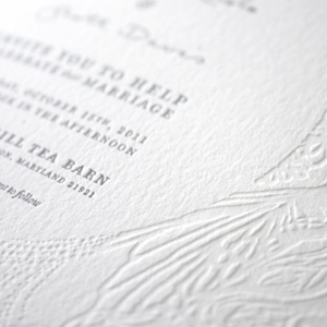 julierado-wedding-invites-badge.jpg