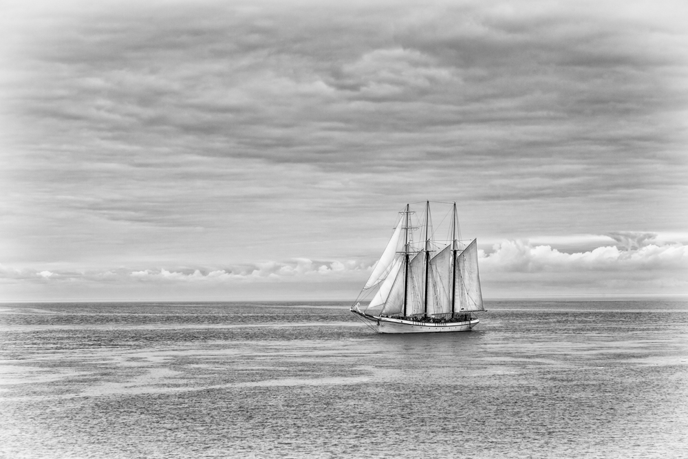 Clipper Ship approaching the fort.