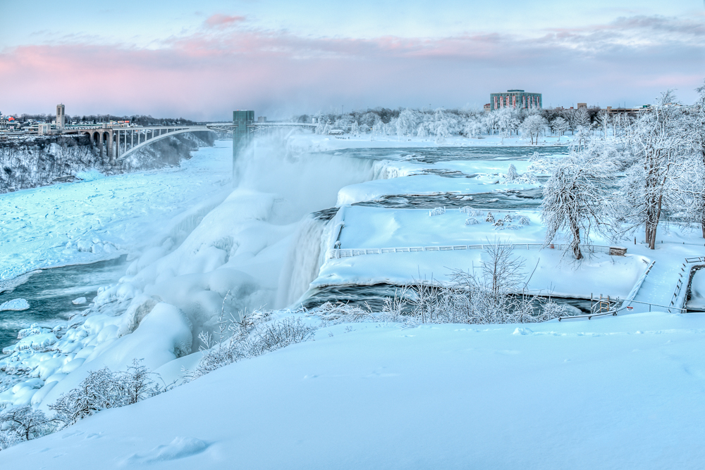Niagara Falls-278_80_82_84_86_tonemapped-Edit On1 DE.jpg