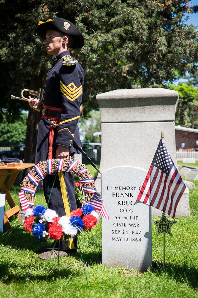 Krug Memorial Marker-375.jpg