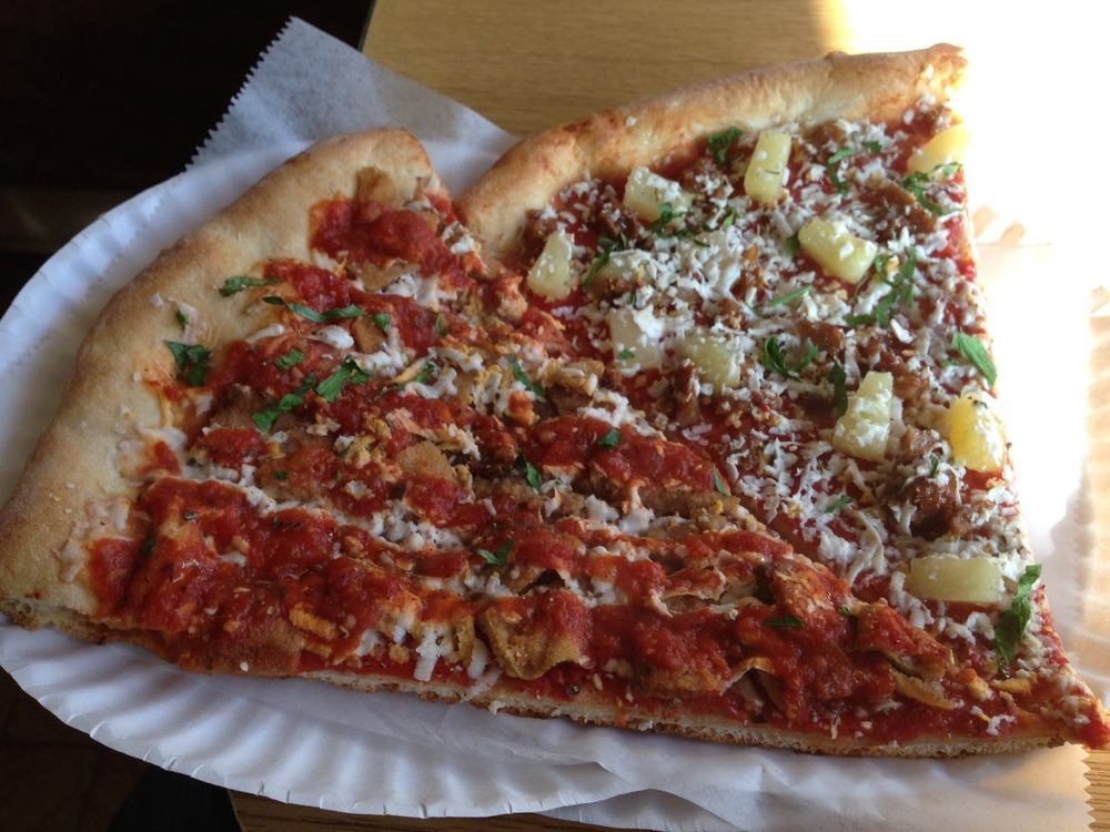 My last meal in Brooklyn: Vegan pizza slices from Vinnie's Pizzeria.