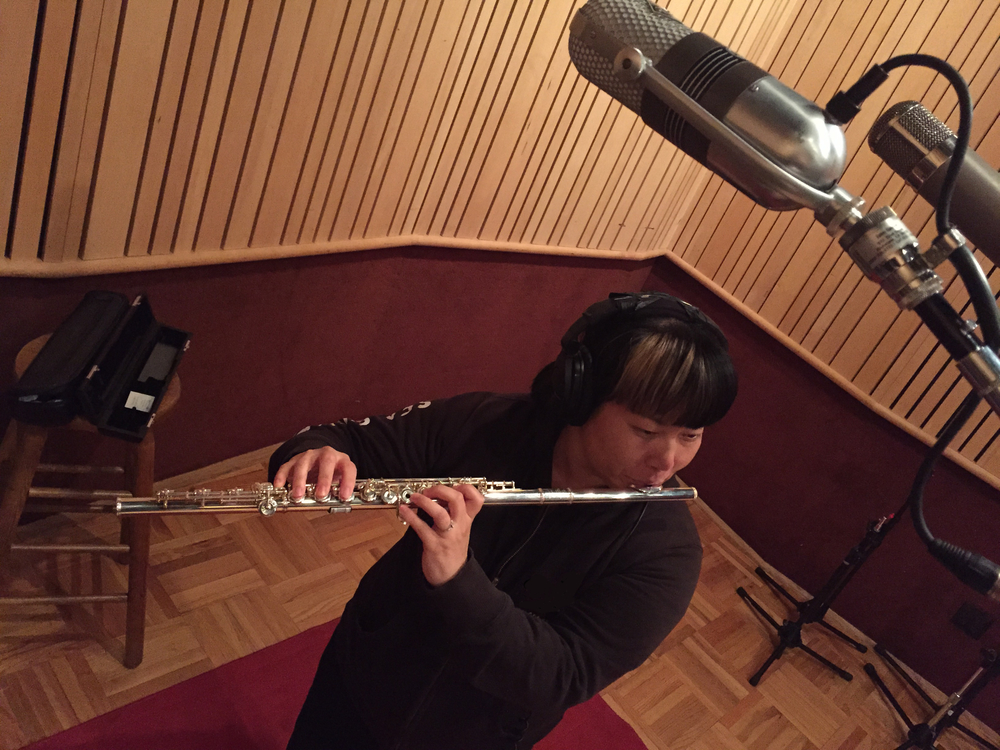 I recorded Eli Fieldsteel's  Fractus III: Aerophoneme  with my Sankyo Kingma system flute. Even though the piece doesn't require a Kingma system flute, it was nice to use it because of the many quarter tone passages in the piece.