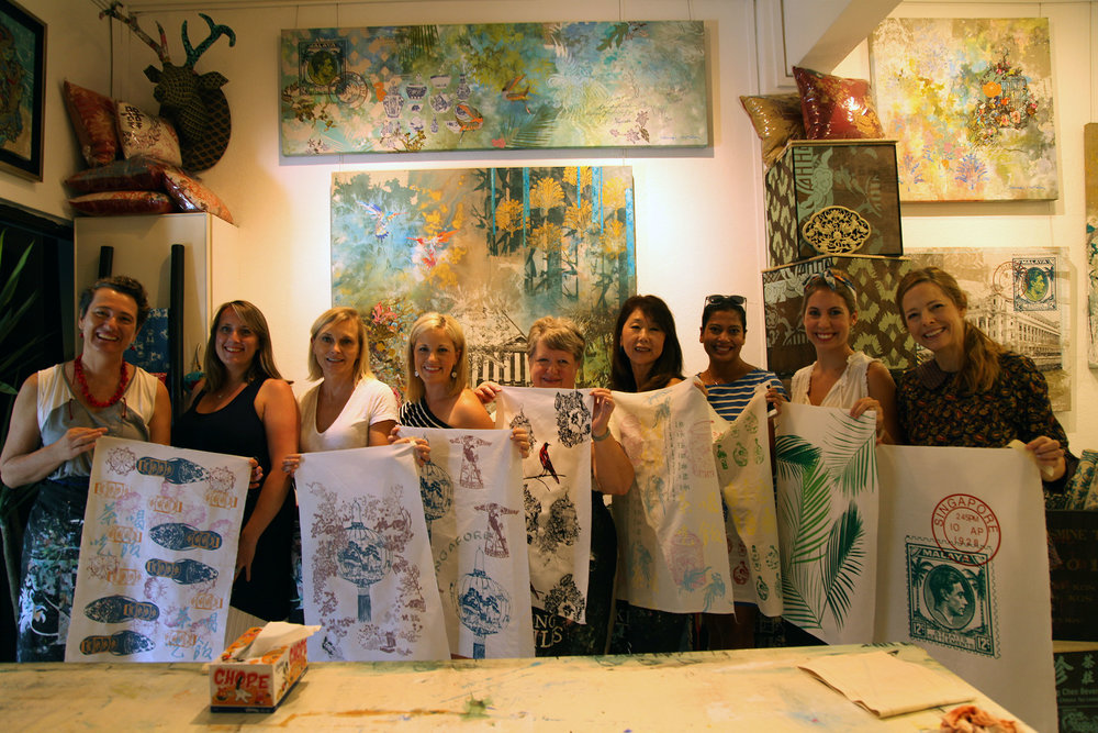 2-hour introductory course - Try your hand at silkscreen printing your own tea towel to take home. Suitable for group bookings, parties, corporate events, etc!