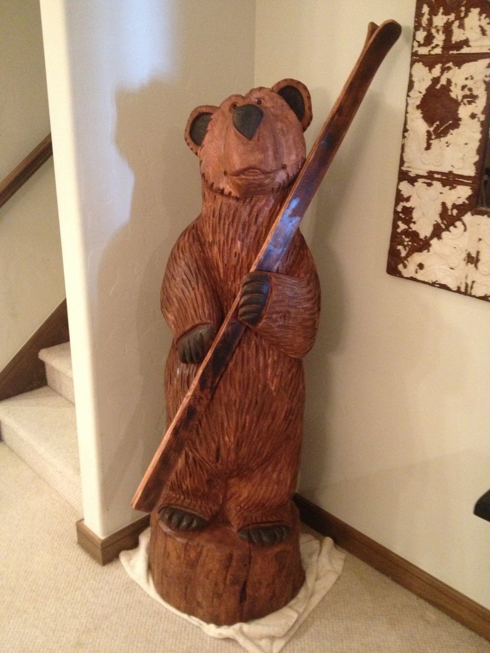 5 ft Bear Holding Skis