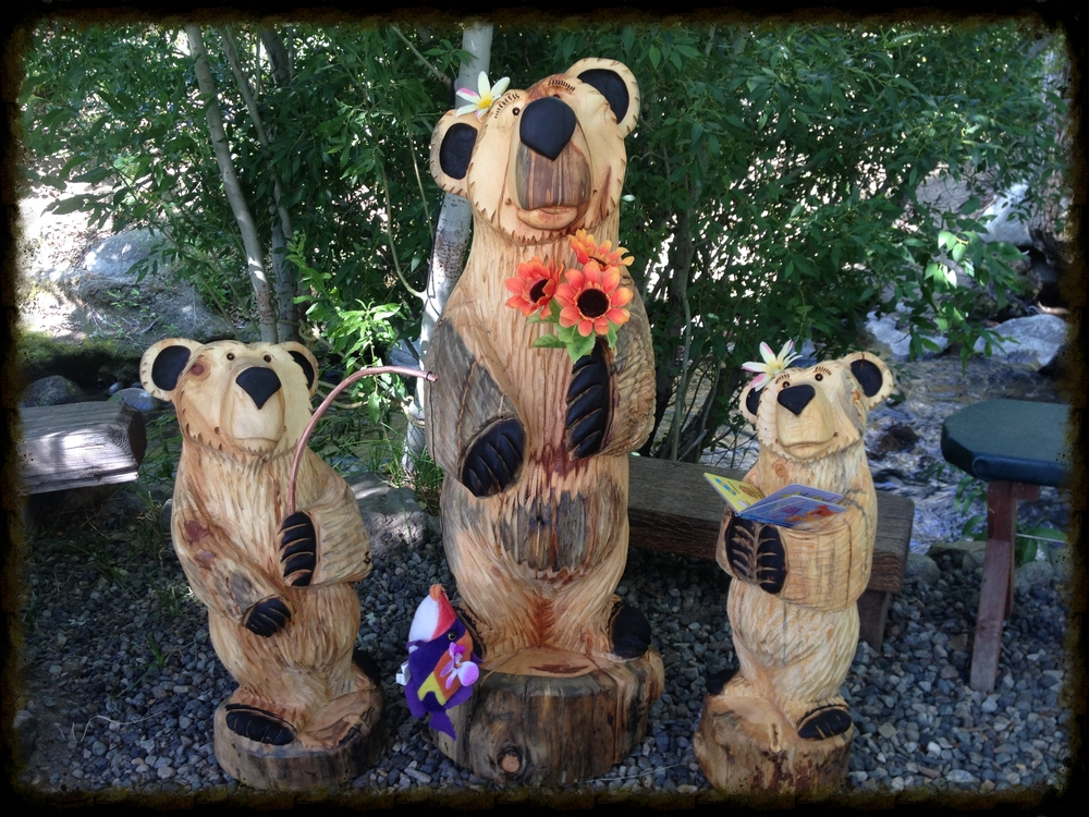 Family of bears - Momma bear is 4 ft - SOLD for $800 for all 3