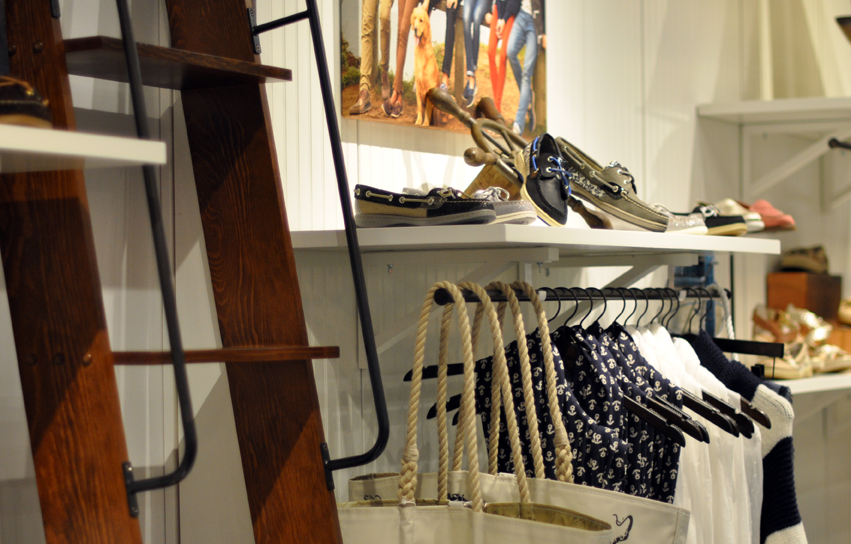 sperry-store-display.png
