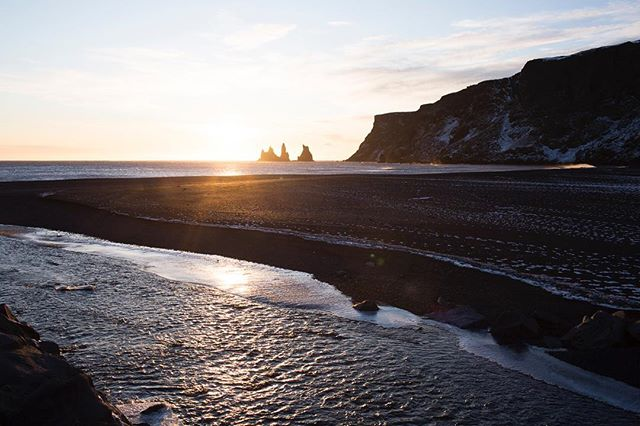 The black sand was a lot like velvet // #Reynisdrangar #Iceland #Vik