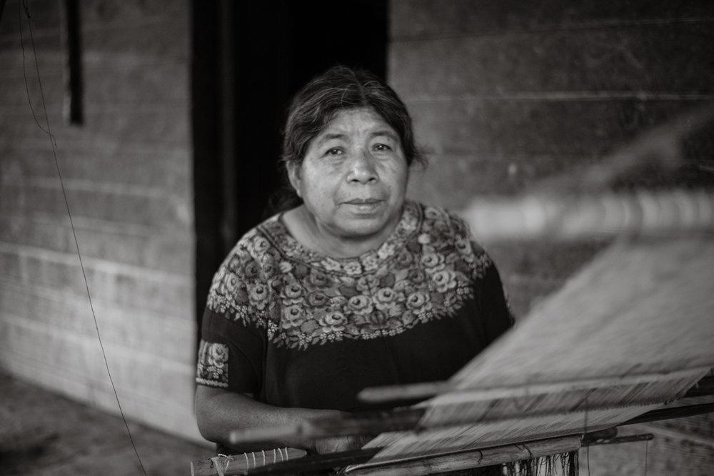 WOMEN OF MEXICO + GUATEMALA