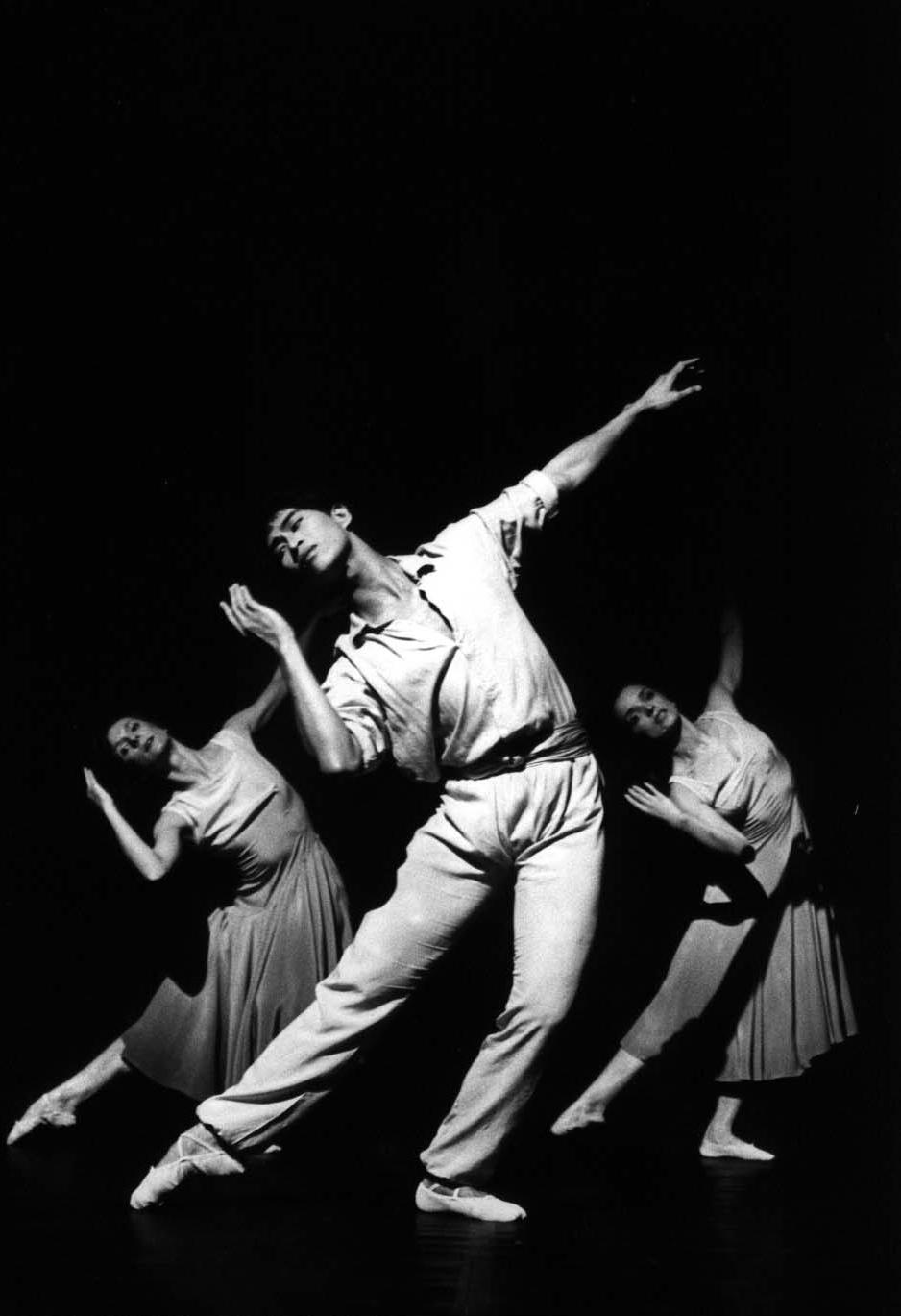 Trio (1986)