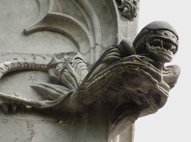 MUNDO FREAK  - Página 20 Chapelle-de-BethlC3A9em-Alien
