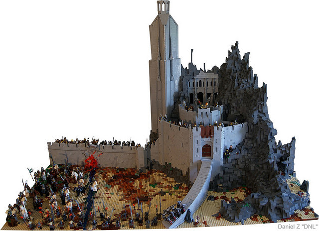 Epic lego lord of the rings helm 39 s deep set geektyrant for Epic deep house