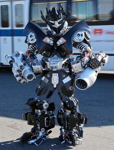 Awesome Transformers Cosplay Geektyrant