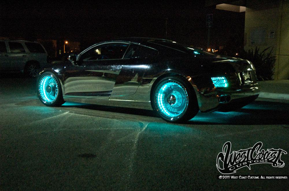 This custom made tron audi r8 car is pretty freakin 39 awesome geektyrant