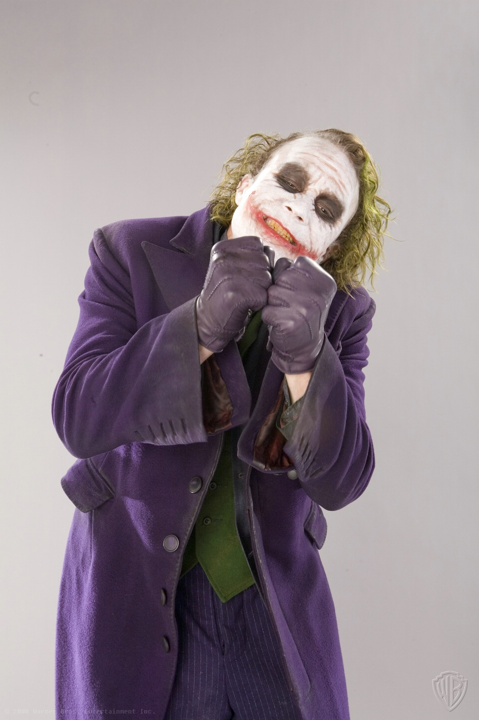 Great Promo Photos of Heath Ledger as The Joker — GeekTyrant