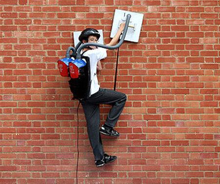 geek of the week 13 year old makes wall climbing vacuum suit geektyrant. Black Bedroom Furniture Sets. Home Design Ideas
