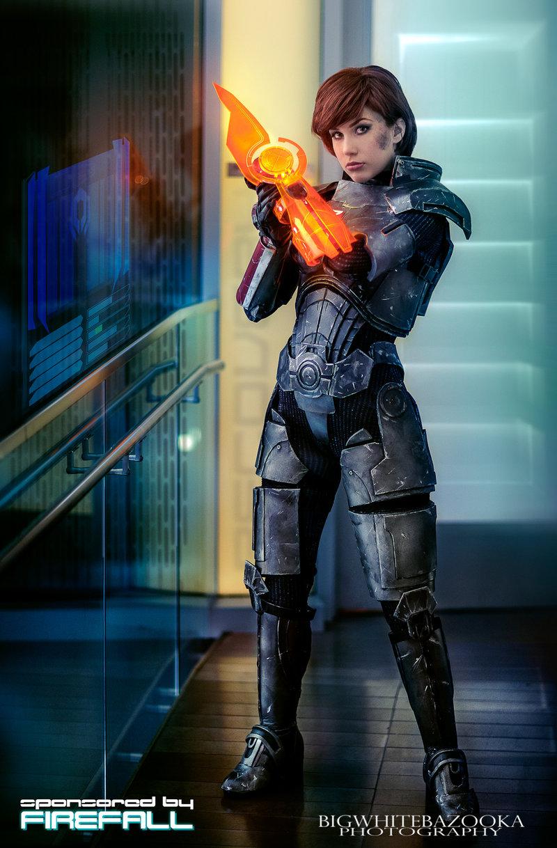 commander_shepard_ii___paragon_by_crystalcosfx-d58gjdi.jpg