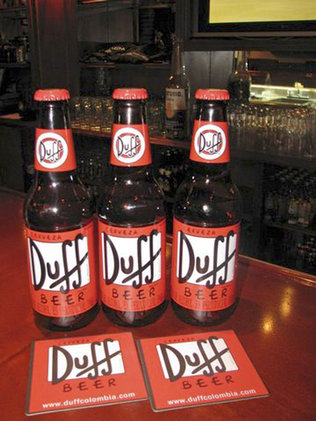 bikini haltar Duff beer