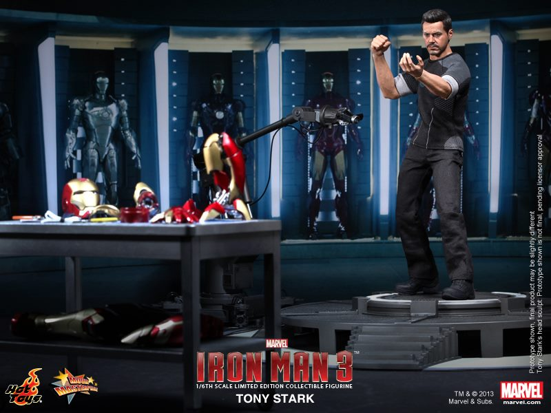 IRON MAN 3 - Hot Toys Tony Stark Collectible Action Figure ...