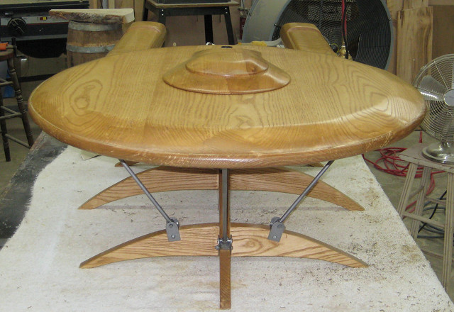 Superior Below Are Some Other Angles Of This Sweet Table That Would Look Great In The  Home Of Any Star Trek Fan Thanks To Geekologie: Design Ideas