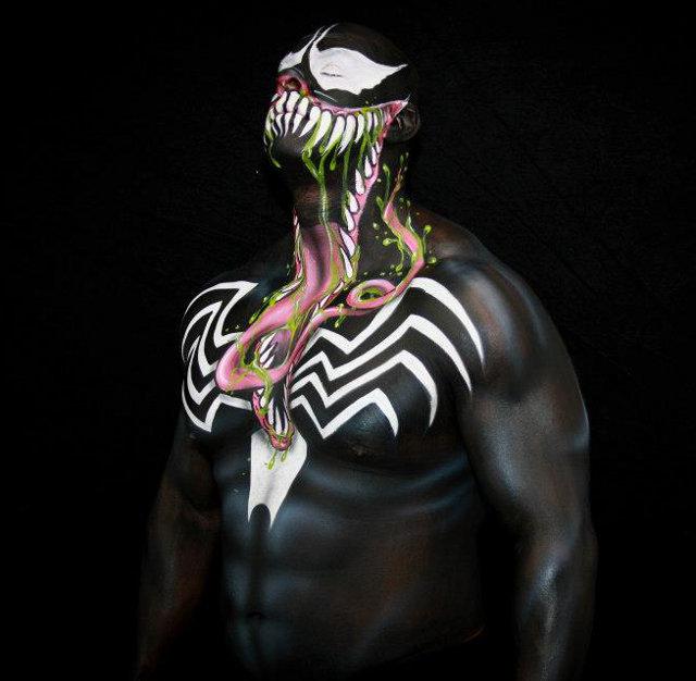 Crazy Cool VENOM Body Paint! — GeekTyrant