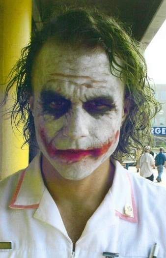 Heath Ledger on the Set of THE DARK KNIGHT — GeekTyrant