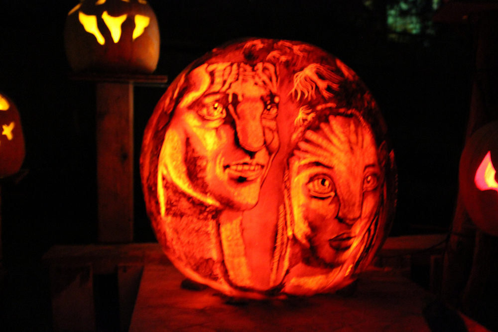 Awesome Movie Inspired Pumpkin Carvings Geektyrant