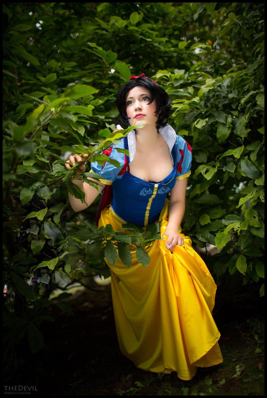 Snow White byRanma2020| Photo byThedevil1412