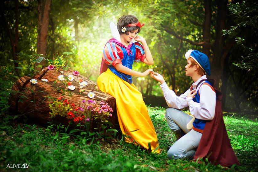 Snow White byKi-ri-ka| The Prince byTerrugane| Photo byAlivealf