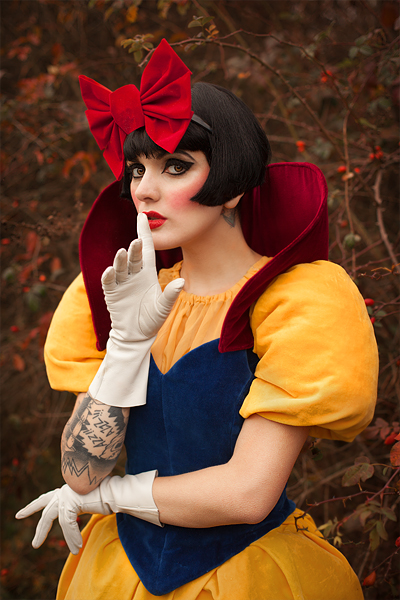 Snow White by Cleo Viper | Photo byLucylle