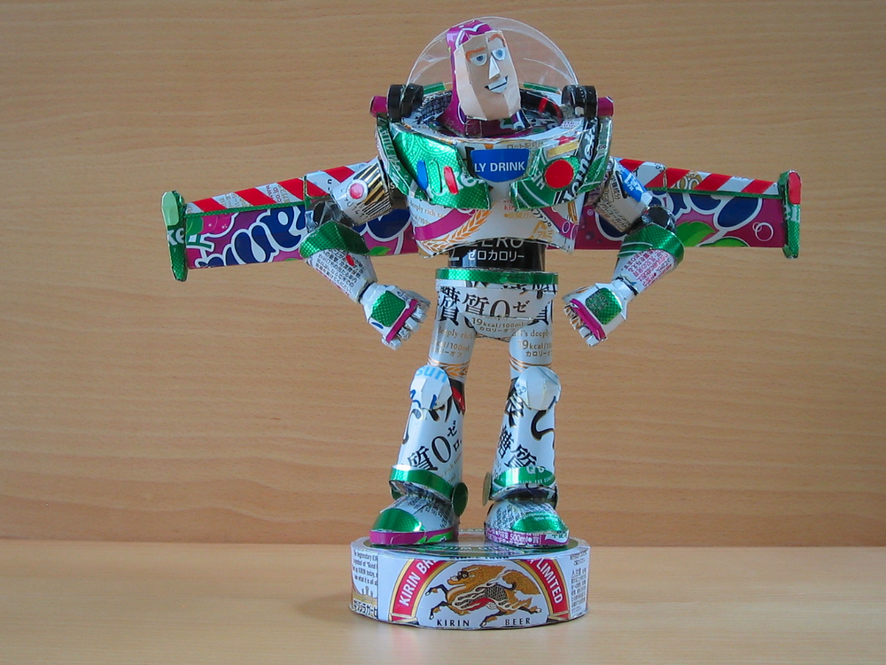 Awesome Geek Sculptures Made Out Of Cans Geektyrant