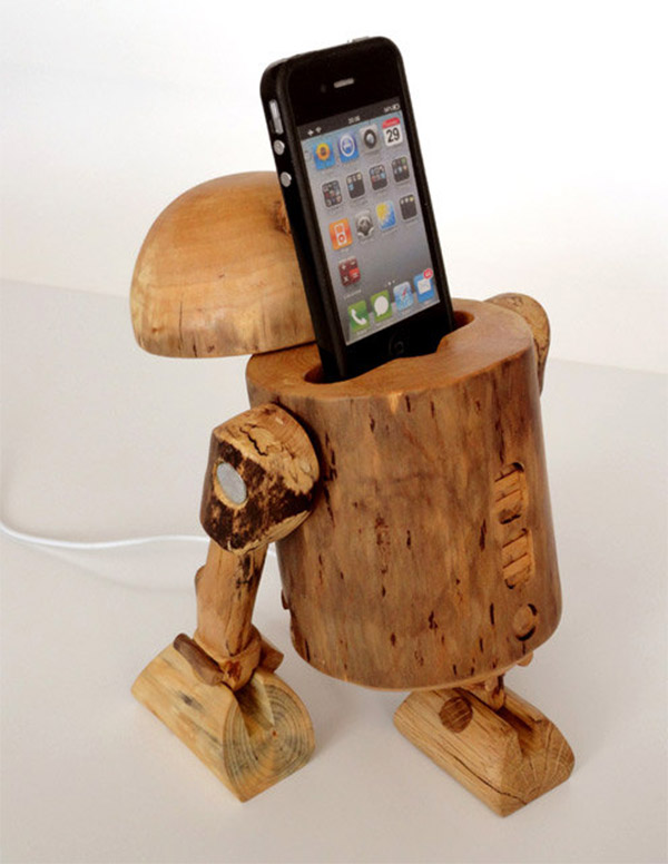 wooden iphone docking station rustic wooden r2 d2 iphone dock geektyrant 16526