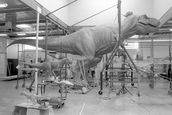 JURASSIC PARK - Watch the Creation of a Life Size T-Rex ... Real Alien Footage 2013