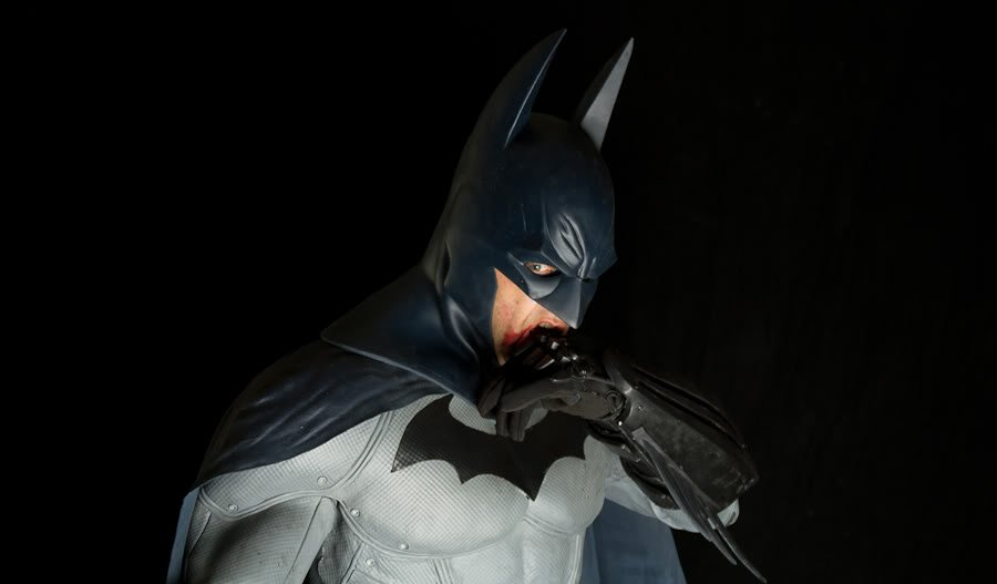 Iu0027ve always wondered what the Batman costume design from Batman Arkham City would look like in real life and now we know. The FX Labs have created this ... & Awesome BATMAN: ARKHAM CITY Costume Design u2014 GeekTyrant