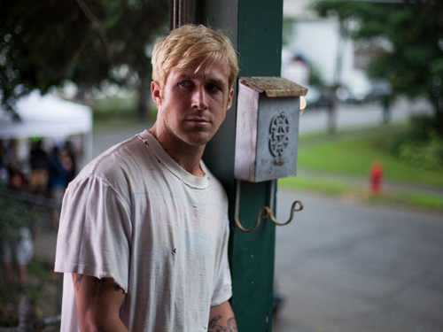 Hereu0027s Another Trailer For Ryan Gosling And Bradley Cooperu0027s New Drama  Thriller The Place Behind The Pines, Which Comes From Director Derek  Cianfrance (Blue ...