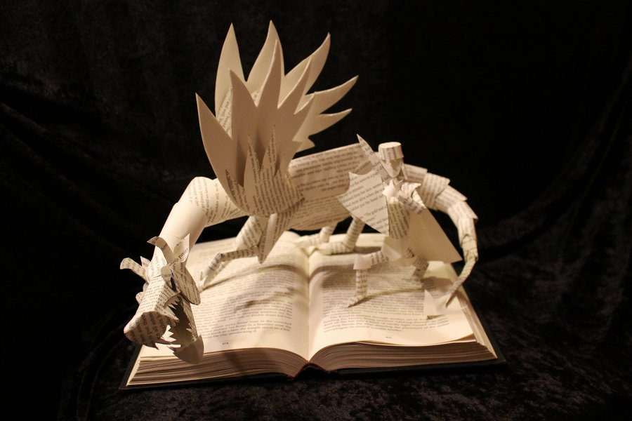 Awesome harry potter book sculpture and more geektyrant for 3d sculpture artists