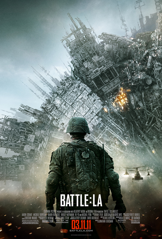 Another New Epic Movie Poster For The Upcoming Sci Fi Action Film Battle Los Angeles Has Been Unleashed This Time Theres A Big Menacing Alien Space Craft