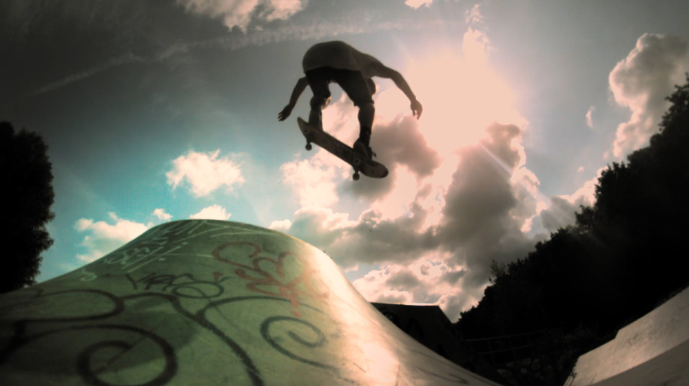 skateboarders-battle-gravity-in-revenge-of-the-beasts-short-3.jpg